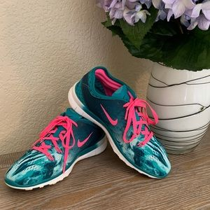 Nike Free 5.0 TR Running womens Shoes 6 pink green